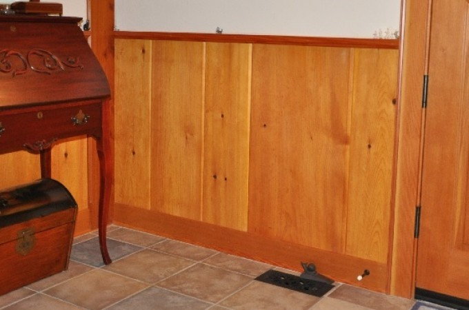 pine wainscoting